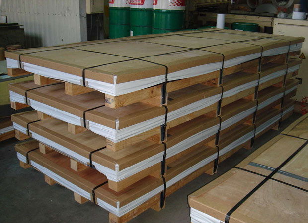 304-Stainless-Steel-plates-packing