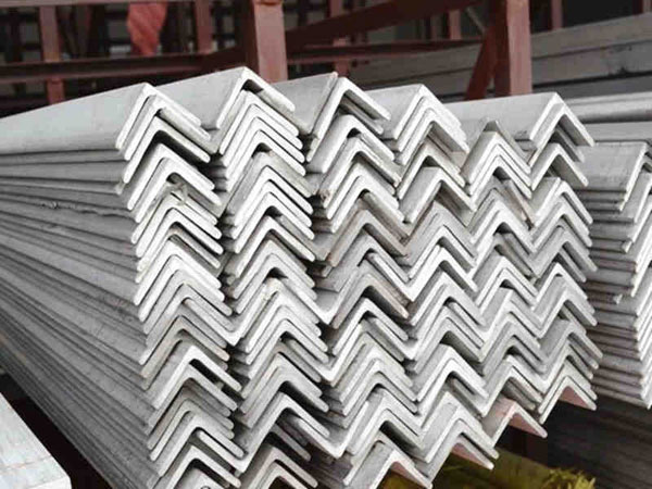 stainless-steel-angle-bar-4